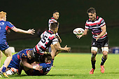 Tim Nanai-Williams gets the pass away to to Sam Henwood. Mitre 10 Cup game between Counties Manukau Steelers and Tasman Mako's, played at ECOLight Stadium Pukekohe on Saturday October 14th 2017. Counties Manukau won the game 52 - 30 after trailing 22 - 19 at halftime. <br /> Photo by Richard Spranger.