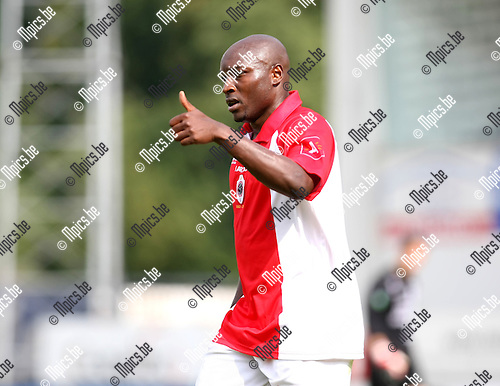 2009-08-16 / Voetbal / seizoen 2009-2010 / R. Antwerp FC - KV Turnhout / Emanuel Kenmonge scoorde de 1-0..Foto: Maarten Straetemans (SMB)