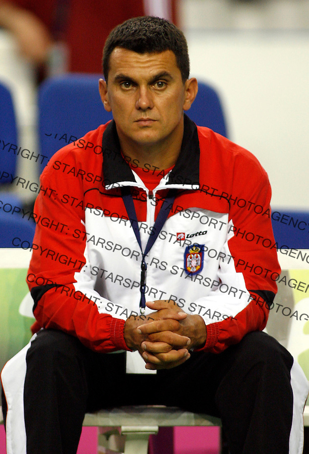 Serbian tennis team head coach Dejan Vranjes, during play-off match Slovakia against Serbia in Federation Cup, Kosice, Slovakia, July 15, 2007. (Srdjan Stevanovic/starsportphoto.com)