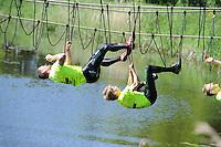 SPORT: DE KNIPE: 02-06-2013, Survival, categorie RUC 1, Ronny ter Horst (#5) Dinxperlo en winnaar Joris Domhof (#4) Delft, ©foto Martin de Jong