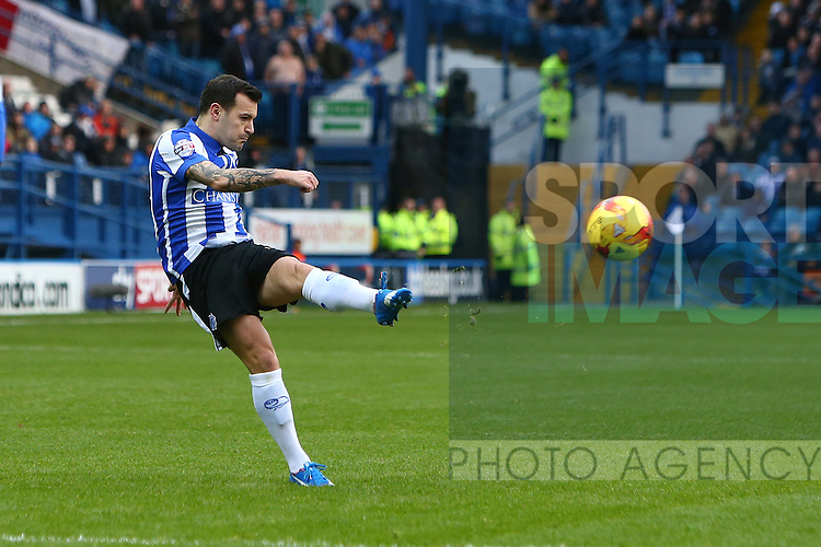 Wednesday's Ross Wallace launches a shot on goal which is tipped over - Sheffield Wednesday vs Derby County - Skybet Championship - Hillsborough - Sheffield - 06/12/2015 Pic Philip Oldham/SportImage