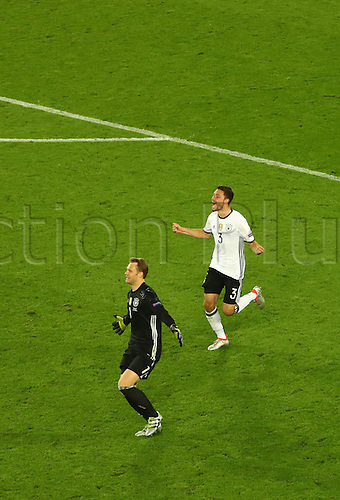 Germany's goalkeeper Manuel Neuer and Jonas Hector celebrates after the UEFA EURO 2016 quarter final soccer match between Germany and Italy at the Stade de Bordeaux in Bordeaux, France, 02 July 2016.