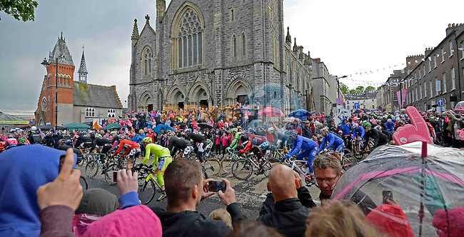 The start of the 3rd stage of the 2014 Giro d'Italia 187km running from Armagh to Dublin.11th May 2014.<br /> Picture: Fabio Ferrari/LaPresse/Eoin Clarke www.newsfile.ie