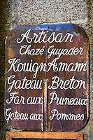 Europe/France/Bretagne/29/Finistère/ Concarneau: Enseigne des pâtisseries bretonnes d'un artisan pâtissier de la Ville Close