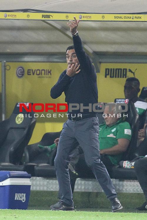 23.08.2013, Signal Iduna Park, Dortmund, GER, 1.FBL, Borussia Dortmund vs Werder Bremen, im Bild<br /> Robin Dutt (Trainer Bremen)<br /> <br /> Foto &copy; nph / Mueller