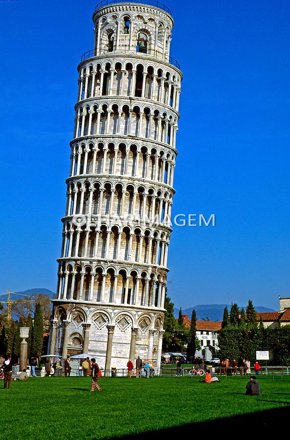 Torre de Piza. Itália. 1996. Foto de Juca Martins.