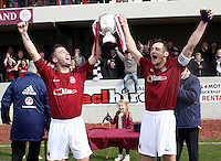 2013 LINLITHGOW WIN SUPERLEAGUE