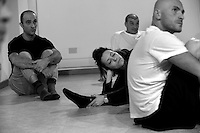 coordinata da Stefano Tè, regista del Teatro dei Venti di Modena, è nata presso la comunità di recupero di San Patrignano la compagnia teatrale.