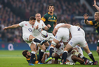 Twickenham, United Kingdom.  Ben YOUNGS, &quot;kicking clear&quot;, Old Mutual Wealth Series: England vs South Africa, at the RFU Stadium, Twickenham, England, Saturday, 12.11.2016<br /> <br /> [Mandatory Credit; Peter Spurrier/Intersport-images]