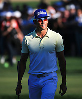 Rafa Cabrera-Bello (ESP) approaches the last to tremendous applause during the Final Round of the 2016 Omega Dubai Desert Classic, played on the Emirates Golf Club, Dubai, United Arab Emirates.  07/02/2016. Picture: Golffile | David Lloyd<br /> <br /> All photos usage must carry mandatory copyright credit (&copy; Golffile | David Lloyd)