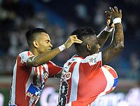 BARRANQUILLA - COLOMBIA - 31 - 03 - 2018: Yoni Gonzalez (Der.) jugador de Atletico Junior celebra el gol anotado a Leones F. C., durante partido de la fecha 12 entre Atletico Junior y Leones F. C., por la Liga Aguila I - 2018, jugado en el estadio Metropolitano Roberto Melendez de la ciudad de Barranquilla. / Yoni Gonzalez (R), player of Atletico Junior celebrates a scored goal to Leones F. C., during a match of the 12th date between Atletico Junior and Leones F. C., for the Liga Aguila I - 2018 at the Metropolitano Roberto Melendez Stadium in Barranquilla city, Photo: VizzorImage  / Alfonso Cervantes / Cont.