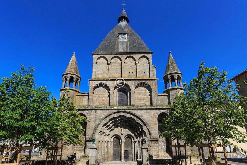France, Haute-Vienne (87), le Dorat, la collégiale Saint-Pierre du Dorat // France, Haute Vienne, le Dorat, Saint Pierre du Dorat church