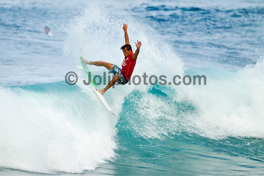 Sunset Beach, Oahu Hawaii, (Wednesday, Dec. 1, 2010) --Juilan Wilson (AUS).    Following a one-week hiatus due to no surf on Oahu's North Shore, the men's O'Neill World Cup of Surfing returned to the waves at Sunset Beach today. Competition was staged at two breaks, with all odd-numbered heats surfing Kammie's and all even-numbered heats surfing Val's Reef. The remaining heats of the round of 128, as well as the entire rounds of 96 and 64 were held, with all major seeds surfing. Waves are in the head-high range...Among those to hit the water today were  former O'Neill World Cup champions Sunny Garcia (HAW) and Myles Padaca (HAW), 2010 Vans Triple Crown title contender Joel Centeio (HAW); as well as Australia's air sensation Julian Wilson; current World #2 South Africa's Jordy Smith;  and Wiggolly Dantas  (Brazil)..Photo: joliphotos.com