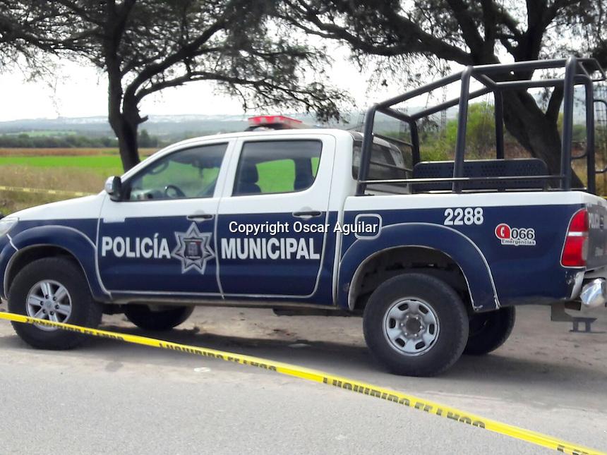 <br /> El Marqu&eacute;s, Qro. 20 de octubre de 2016.- Tres elementos de la polic&iacute;a municipal de El Marqu&eacute;s resultaron lesionados en un altercado en la comunidad de San Vicente Ferrer.<br /> Foto: Oscar Aguilar.