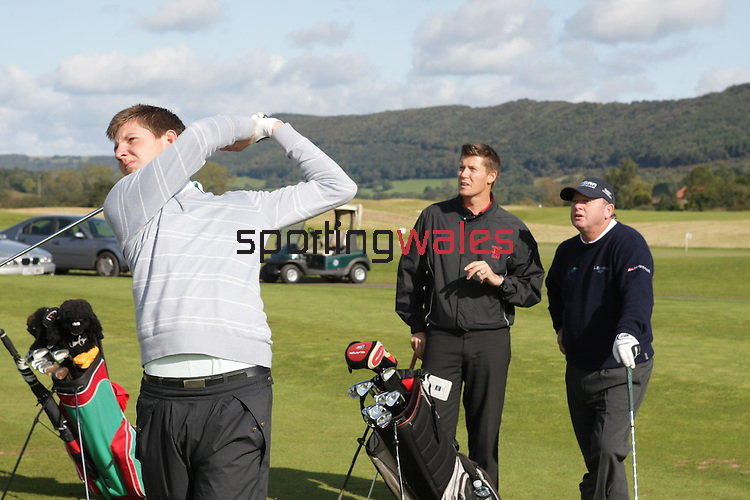 Ian Woosnam coaching session..2010 Course-Celtic Manor..03.10.08.©Steve Pope.Sportingwales.The Manor .Coldra Woods.Newport.South Wales.NP18 1HQ.07798 830089.01633 410450.steve@sportingwales.com.www.fotowales.com.www.sportingwales.com