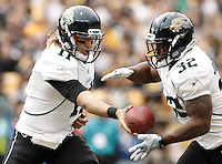 PITTSBURGH, PA - OCTOBER 16:  Blaine Gabbert #11 of the Jacksonville Jaguars hands the ball off to teammate Maurice Jones-Drew #32 during the game on October 16, 2011 at Heinz Field in Pittsburgh, Pennsylvania.  (Photo by Jared Wickerham/Getty Images)