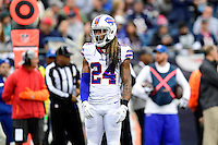 Sunday, October 2, 2016: Buffalo Bills cornerback Stephon Gilmore (24) in game action during the NFL game between the Buffalo Bills and the New England Patriots held at Gillette Stadium in Foxborough Massachusetts. Buffalo defeats New England 16-0. Eric Canha/Cal Sport Media