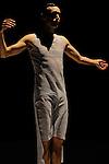 LA CONSTELLATION CONSTERNEE..LE TEMPS DE BRILLER solo 2008....Choregraphie : LEBRUN Thomas..Compagnie : Compagnie Illico..Lumiere : SERRE Jean Marc..Costumes : GUELLAFF Jeanne..Avec :..COTTIN Raphael..Lieu : Centre National de la danse..Cadre : Moisson d'hiver..Ville : Pantin..Le : 19 01 2010..© Laurent PAILLIER / photosdedanse.com..All rights reserved