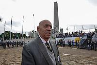 SAO PAULO, SP, 09 JULHO 2012 - 80 ANOS REVOLUCAO DE 1932 - Alfredo Pires Filho que passa o comando a Amado Rubio constitucionalista de 1932 durante solenidade alusiva ao 80º aniversario da Revolução Constitucionalista de 1932, na regiao do Parque do Ibirapuera, regiao sul da capital paulista, nesta segunda-feira, 09. (FOTO: VANESSA CARVALHO / BRAZIL PHOTO PRESS).