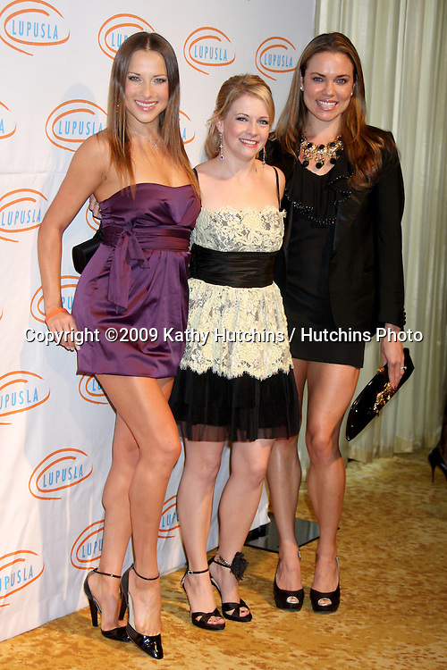 Edyta Sliwinska , Melissa Joan Hart, & Natalie Coughlin.arriving at the 7th Annual Lupus LA Bag Ladies Luncheon .Beverly Wilshire Hotel.Beverly Hills,  CA.November 18, 2009.©2009 Kathy Hutchins / Hutchins Photo.