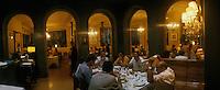 "Europe/Espagne/Catalogne/Barcelone : Salle du restaurant ""Senyor Parellada"""