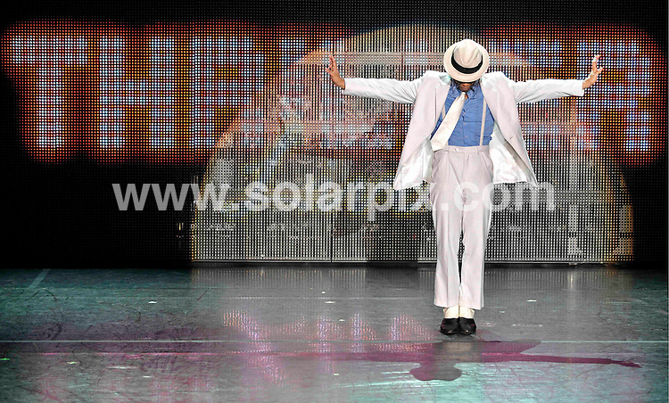 """**ALL ROUND PICTURES FROM SOLARPIX.COM**.**SYNDICATION RIGHTS FOR UK AND SPAIN ONLY**.rehearsals for the Michael Jackson """"Thriller Live"""" musical in Munich, Germany. 22 July 2009..This pic: Ricko Baird..JOB REF: 9562 CPR        DATE: 22_07_2009.**MUST CREDIT SOLARPIX.COM OR DOUBLE FEE WILL BE CHARGED**.**MUST NOTIFY SOLARPIX OF ONLINE USAGE**.**CALL US ON: +34 952 811 768 or LOW RATE FROM UK 0844 617 7637**"""