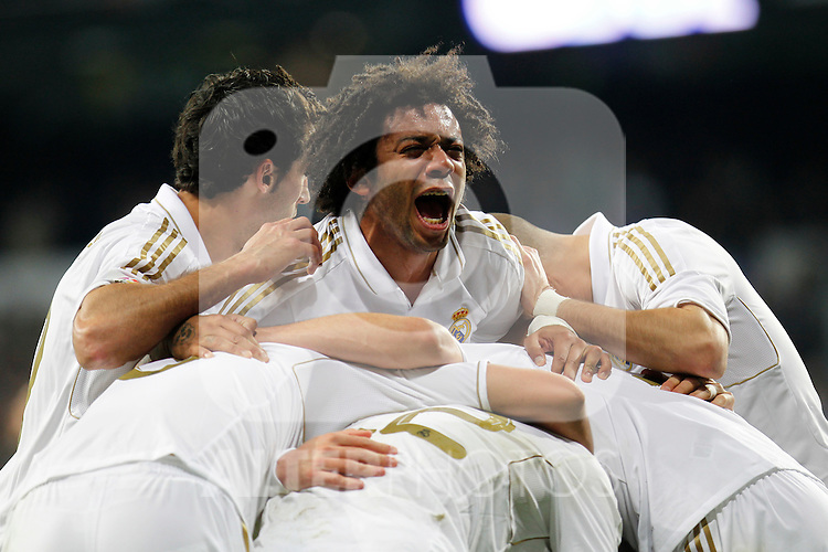Madrid (14/04/2012).- Estadio Santiago Bernabeu..Liga BBVA.Real Madrid - Sporting de Gijon..Marcelo celebracion...Photo: Alex Cid-Fuentes / ALFAQUI..