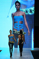 "BOGOTÁ -COLOMBIA. 08-05-2013. Desfile Essential Looks - Pasarela Schwarzkopf en el marco del CÍRCULO DE LA MODA DE BOGOTÁ ""Evolución – OTOÑO INVIERNO 2013´14""./ Fashion  Essential Looks - gateway Schwarzkopf during second day of BOGOTA FASHION 2013 ""Evolution - Autumn - Winter 2013-14""  Photo: VizzorImage / Str"