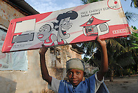 "Afrika Ostafrika Tanzania Insel Zanzibar , Junge mit Solarpanel. -  erneuerbare Energie xagndaz | .africa Tanzania boy with solar panel on Zansibar island .  -  energy .| [ copyright (c) Joerg Boethling / agenda , Veroeffentlichung nur gegen Honorar und Belegexemplar an / publication only with royalties and copy to:  agenda PG   Rothestr. 66   Germany D-22765 Hamburg   ph. ++49 40 391 907 14   e-mail: boethling@agenda-fototext.de   www.agenda-fototext.de   Bank: Hamburger Sparkasse  BLZ 200 505 50  Kto. 1281 120 178   IBAN: DE96 2005 0550 1281 1201 78   BIC: ""HASPDEHH"" ,  WEITERE MOTIVE ZU DIESEM THEMA SIND VORHANDEN!! MORE PICTURES ON THIS SUBJECT AVAILABLE!! ] [#0,26,121#]"