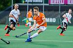 AMSTELVEEN -  Yannick van der Drift (Bldaal)  tijdens de play-offs hoofdklasse  heren , Amsterdam-Bloemendaal (0-2).    COPYRIGHT KOEN SUYK