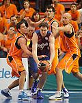 Baloncesto Fuelabrada's Joaquin Colom, Leo Mainoldi (c-r) and Lubos Barton (r) and FC Barcelona Regal's Erazem Lorbek (c-l) during Liga Endesa ACB match.October 30,2011. (ALTERPHOTOS/Acero)