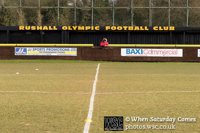 Rushall Olympic 1 Workingon 0, 17/02/2018. Dales Lane, Northern Premier League Premier Division. An early arrival. Photo by Paul Thompson.