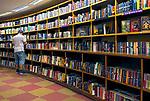 Estante de livros da Livraria Cultura, Sao Paulo. 2018. © Juca Martins.