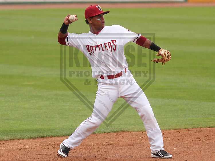 APPLETON - June 2015: Wisconsin Timber Rattlers second baseman Gregory Munoz (7) during a Midwest League baseball game against the Cedar Rapids Kernels on June 30th, 2015 at Fox Cities Stadium in Appleton, Wisconsin. Cedar Rapids defeated Wisconsin 3-2. (Brad Krause/Krause Sports Photography)