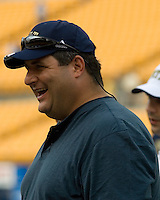 22 September 2007: Fox Sports sideline reporter and former Baltimore Raven Tony Siragusa..The Connecticut Huskies defeated the Pitt Panthers 34-14 on September 22, 2007 at Heinz Field in Pittsburgh, Pennsylvania.