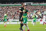 10.02.2019, Weserstadion, Bremen, GER, 1.FBL, Werder Bremen vs FC Augsburg<br /><br />DFL REGULATIONS PROHIBIT ANY USE OF PHOTOGRAPHS AS IMAGE SEQUENCES AND/OR QUASI-VIDEO.<br /><br />im Bild / picture shows<br />Manuel Gräfe / Graefe (Schiedsrichter / referee), Max Kruse (Werder Bremen #10) Kapitän / mit Kapitänsbinde, <br /><br />Foto © nordphoto / Ewert