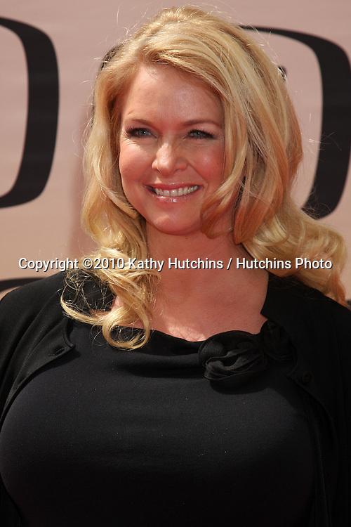 Donna Dixon.arrives at the 2010 TV Land Awards.Sony Studios.Culver City, CA.April 17, 2010.©2010 Kathy Hutchins / Hutchins Photo...