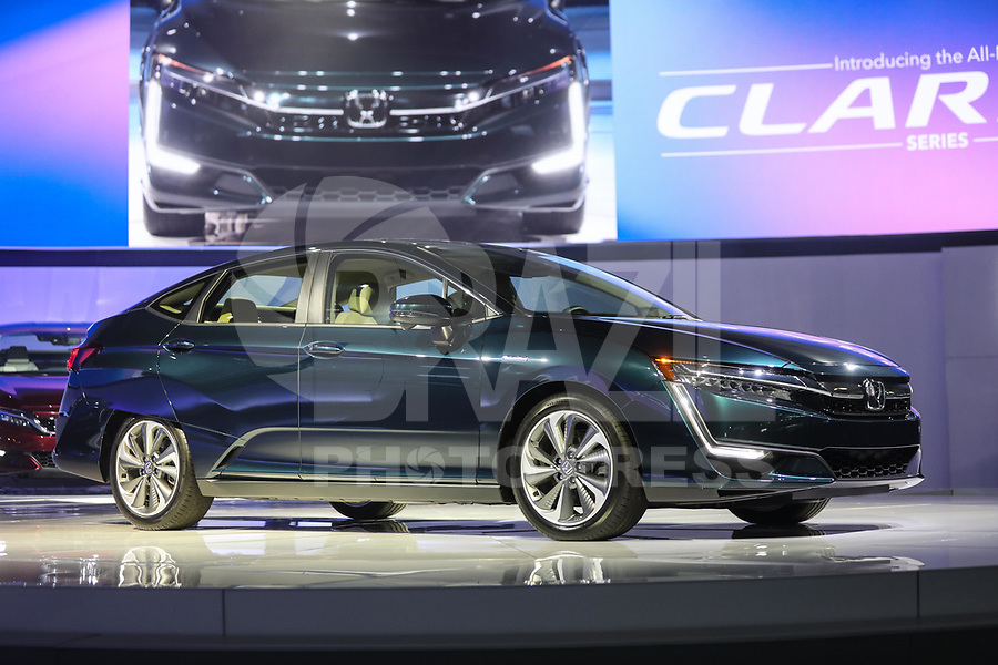 NEW YORK, EUA, 12.04.2017 - AUTOMÓVEL-NEW YORK - Honda Clar Series é visto durante o New York Internacional Auto Show no Javits Center na cidade de New York nesta quarta-feira, 12. O evento é aberto ao público do dia 14 à 23 de abril de 2017  . (Foto: Vanessa Carvalho/Brazil Photo Press)