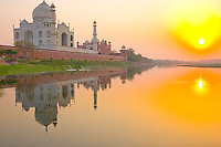 Taj Mahal seen from the Yamuna River    Agra, India   Taj Mahal  UNESCO World Heritage Site Built 1631 by Shal Jahan for wife Mumtaz Mahal
