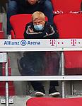 23.05.2020, Allianz Arena, nph00250, , München, GER, 1.FBL, FC Bayern München vs Eintracht Frankfurt 23.05.2020 , <br /><br />Nur für journalistische Zwecke!<br /><br />Gemäß den Vorgaben der DFL Deutsche Fußball Liga ist es untersagt, in dem Stadion und/oder vom Spiel angefertigte Fotoaufnahmen in Form von Sequenzbildern und/oder videoähnlichen Fotostrecken zu verwerten bzw. verwerten zu lassen. <br /><br />Only for editorial use! <br /><br />DFL regulations prohibit any use of photographs as image sequences and/or quasi-video..<br />im Bild<br />Oliver KAHN, future FCB CEO <br /> Foto: Peter Schatz/Pool/Bratic/nordphoto