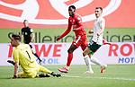 3:1 Tor, v.l. Torwart Jiri Pavlenka (Bremen), Torschuetze Edimilson Fernandes (Mainz), Maximilian Eggestein<br /><br />Sport: Fussball: 1. Bundesliga:: nphgm001:  Saison 19/20: 33. Spieltag: 1. FSV Mainz 05 vs SV Werder Bremen 20.06.2020<br />Foto: Wagner/Witters/Pool//via gumzmedia/nordphoto<br /><br /><br /> DFL REGULATIONS PROHIBIT ANY USE OF PHOTOGRAPHS AS IMAGE SEQUENCES AND OR QUASI VIDEO<br />EDITORIAL USE ONLY<br />NATIONAL AND INTERNATIONAL NEWS AGENCIES OUT