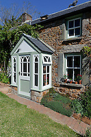 Garten von Judith Quérée in Léoville, Insel Jersey, Kanalinseln