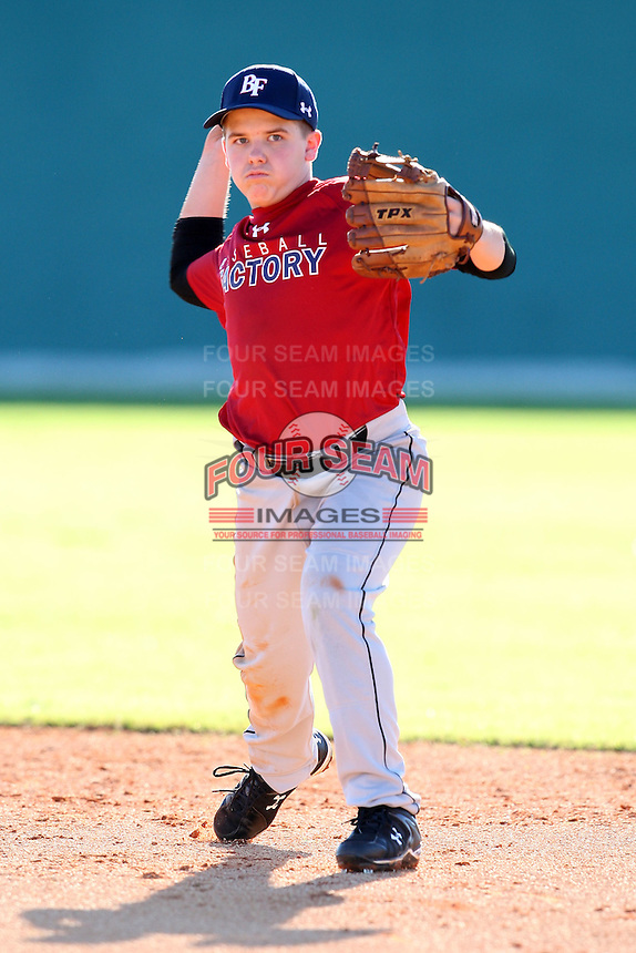 December 28, 2009:  Spencer Wickline (4) of the Baseball Factory Bulldogs team during the Pirate City Baseball Camp & Tournament at Pirate City in Bradenton, FL.  Photo By Mike Janes/Four Seam Images