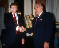 Donald Trump, Anthony Quinn, 1989, Photo By Michael Ferguson/PHOTOlink