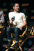 Elijah Wood beim Panel zu 'Dirk Gently's Holistic Detective Agency / Dirk Gentlys holistische Detektei' auf der New York Comic Con 2017 im Javits Center. New York, 06.10.2017