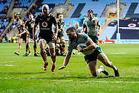5th January 2020; Ricoh Arena, Coventry, West Midlands, England; English Premiership Rugby, Wasps versus Northampton Saints; Tom Wood of Northampton Saints scores a try in the 41st minute for an 18-10 lead - Editorial Use