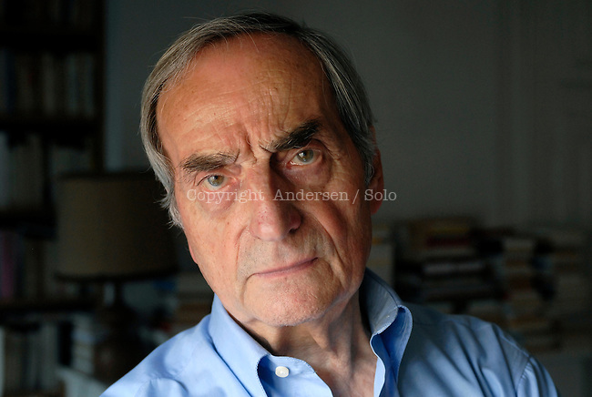 Charles Juliet, French writer at home in may 2012.