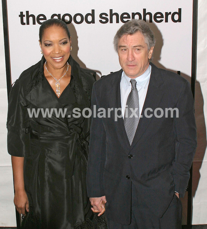 ALL ROUND PICTURES FROM SOLARPIX.COM.SYNDICATION RIGHTS FOR UK, SOUTH AFRICA, DUBAI, AUSTRALIA..Robert Deniro with wife Grace Hightower - The Good Shepherd World Premiere - Arrivals - Ziegfeld Theatre - New York, NY..DATE: 11/12/2006-JOB REF: 3157-PHZ.**MUST CREDIT SOLARPIX.COM OR DOUBLE FEE WILL BE CHARGED**