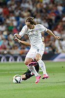 Real Madrid´s Luka Modric during Santiago Bernabeu Trophy match at Santiago Bernabeu stadium in Madrid, Spain. August 18, 2015. (ALTERPHOTOS/Victor Blanco)