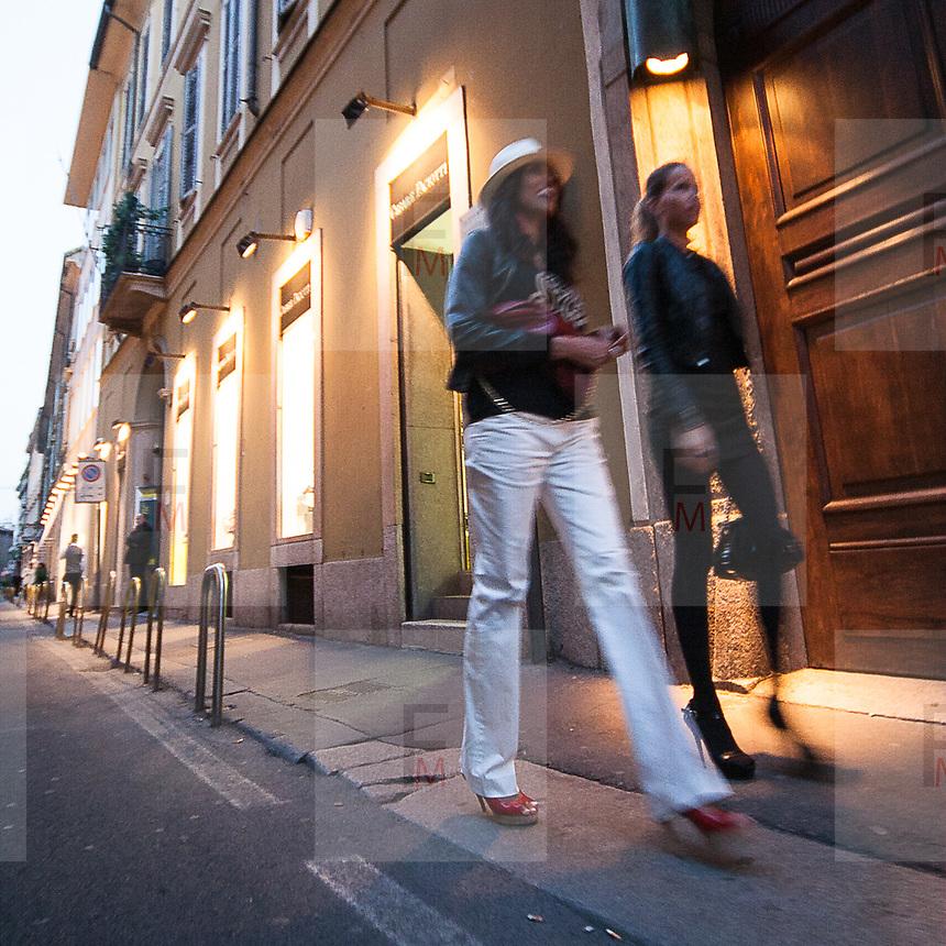 Il FuoriSalone 2010 nelle vie di centrali Milano, Via Sant'Andrea..Street life in Sant'Andrea street during the International Furniture show in Milan